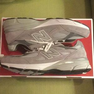 Men's New Balance 990v3- NWT